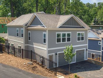 15 Plant Place #LOT 2 in Asheville, North Carolina 28801 - MLS# 3287383
